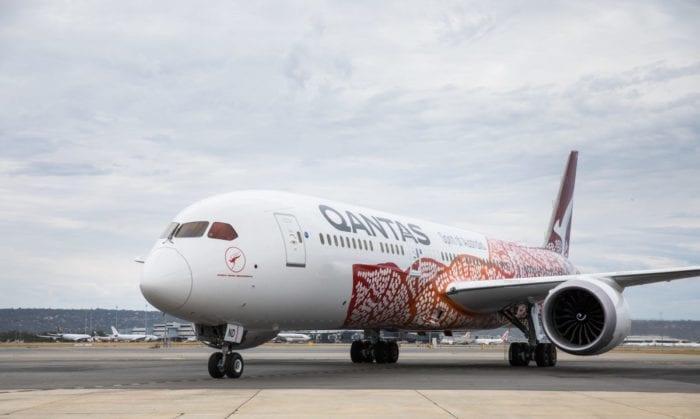 A Qantas 787 taxis