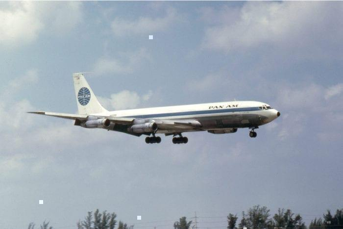 A Pan Am 707