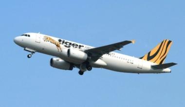 A Tiger Air 737 in flight