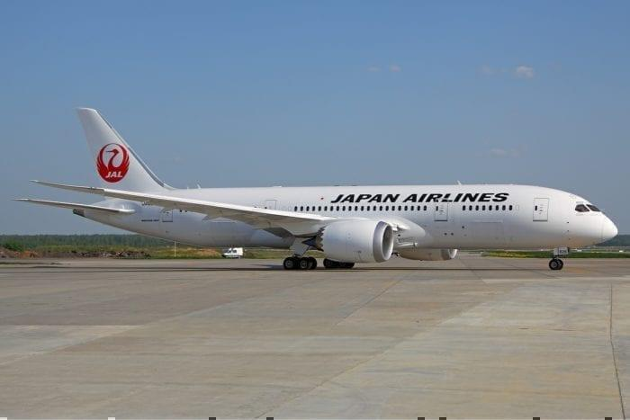 A Japan Airlines Dreamliner