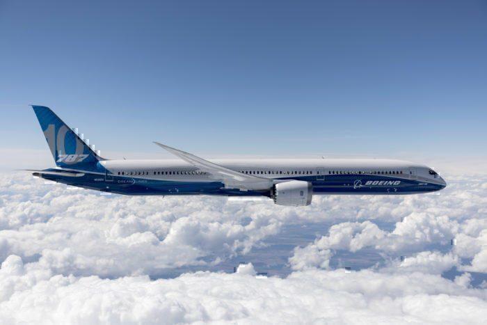 United B787-10