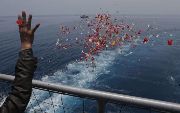 Lion Air crash relatives flowers