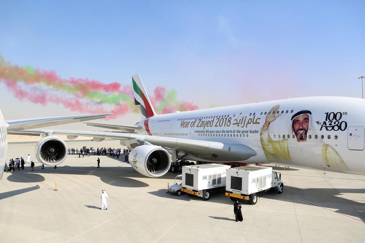 emirates A380 at air show