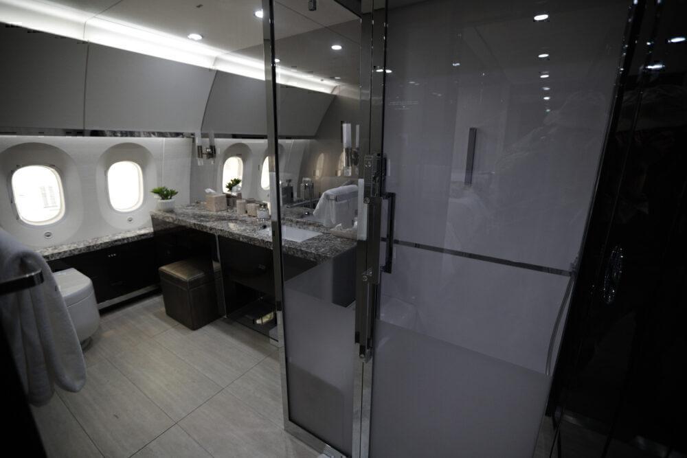 Bathroom Boeing 787 Mexico Presidential Getty