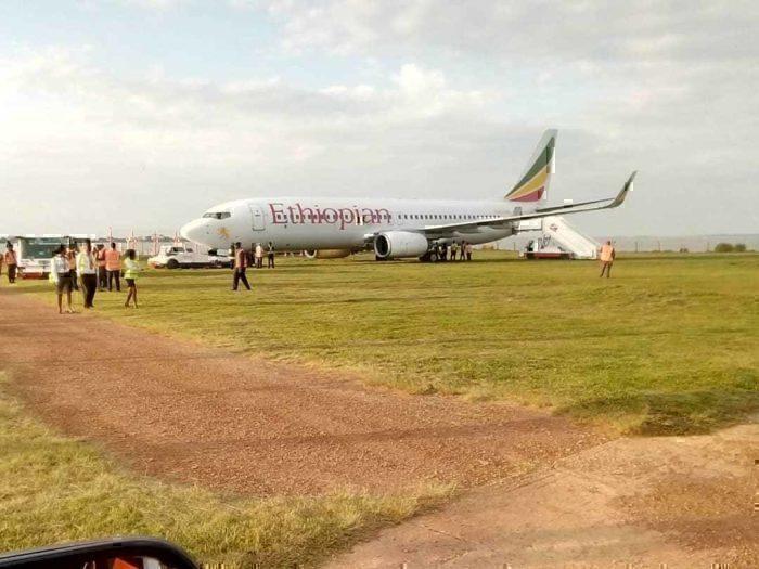 Ethiopian Airlines 737-800 Overruns Runway