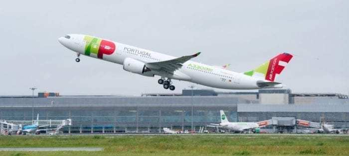 The Airbus A350 vs A330neo - What Plane Is Best? - Simple Flying