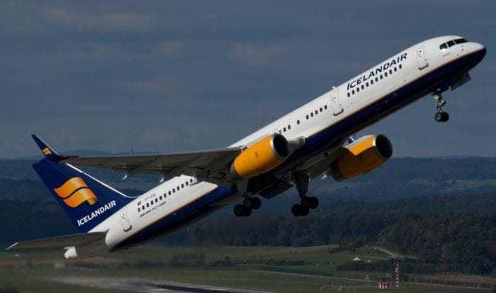 Icelandair Boeing 757-200