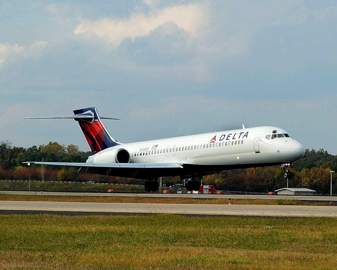 Delta Aircraft Landing