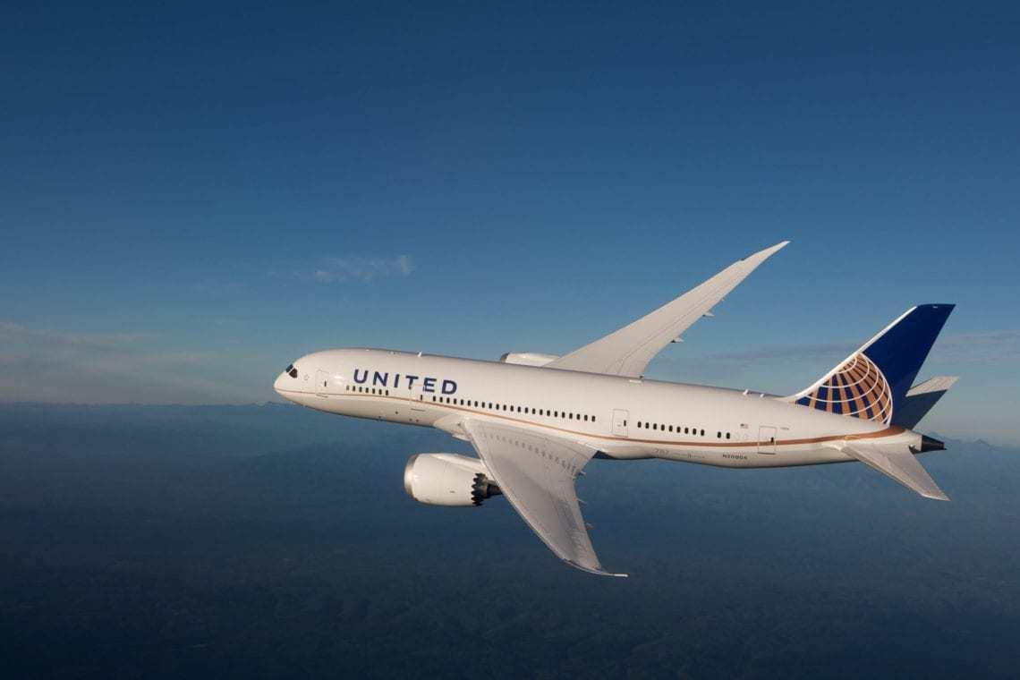 United Airlines Dreamliner 787-10