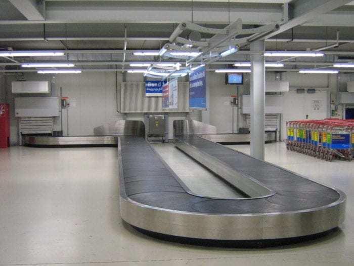 Baggage_reclaim