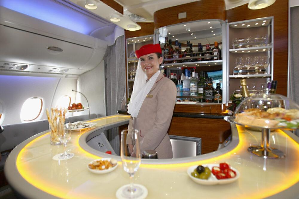 A380 emirates bar