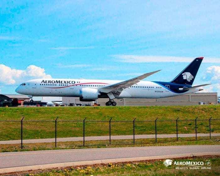 AeroMexico Boeing 787 Dreamliner 787-9