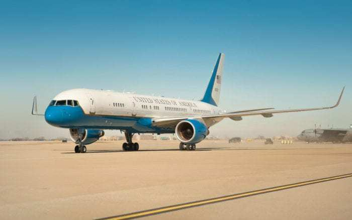 Air Force Two C-32A Vice President Plane Boeing 757
