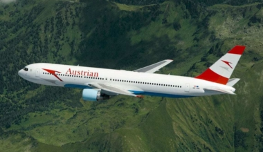 Austrian_Airlines_Boeing_767-300ER_(cropped)
