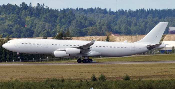 Hi Fly Airbus A340