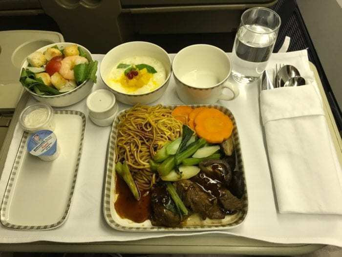 Short Haul SIA: Singapore Airlines Regional Business Class from Ho Chi Minh City to Singapore