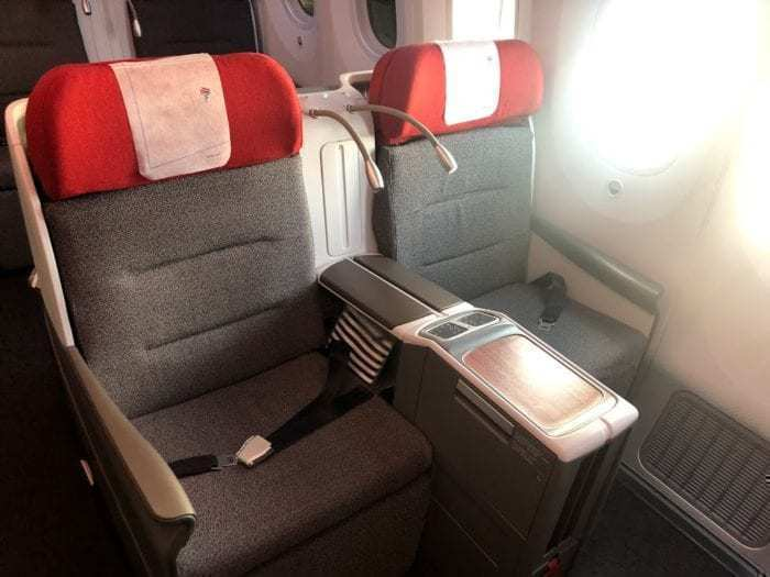 LATAM 787 Business Class Fifth Freedom Flight Review