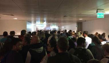 Airport delay crowd
