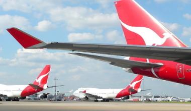 qantas-747-heathrow