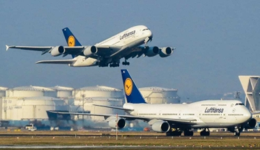 Lufthansa A380 B747