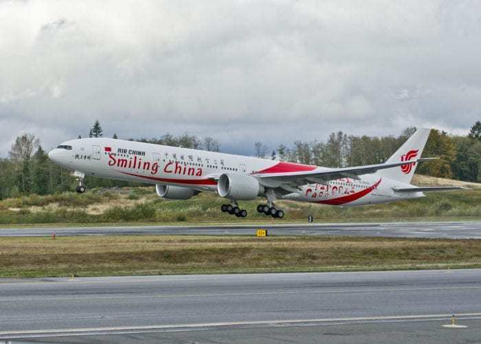 Air China Smiling China 777
