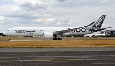 Airbus_(Carbon_Livery),_F-WLXV,_Airbus_A350-1041_(44235042192)