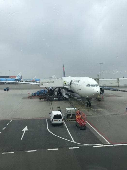 What's The Best Way To Board An Aircraft?
