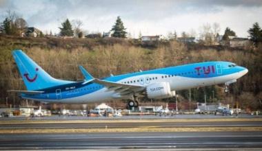 Tui-737 Max-taking-off