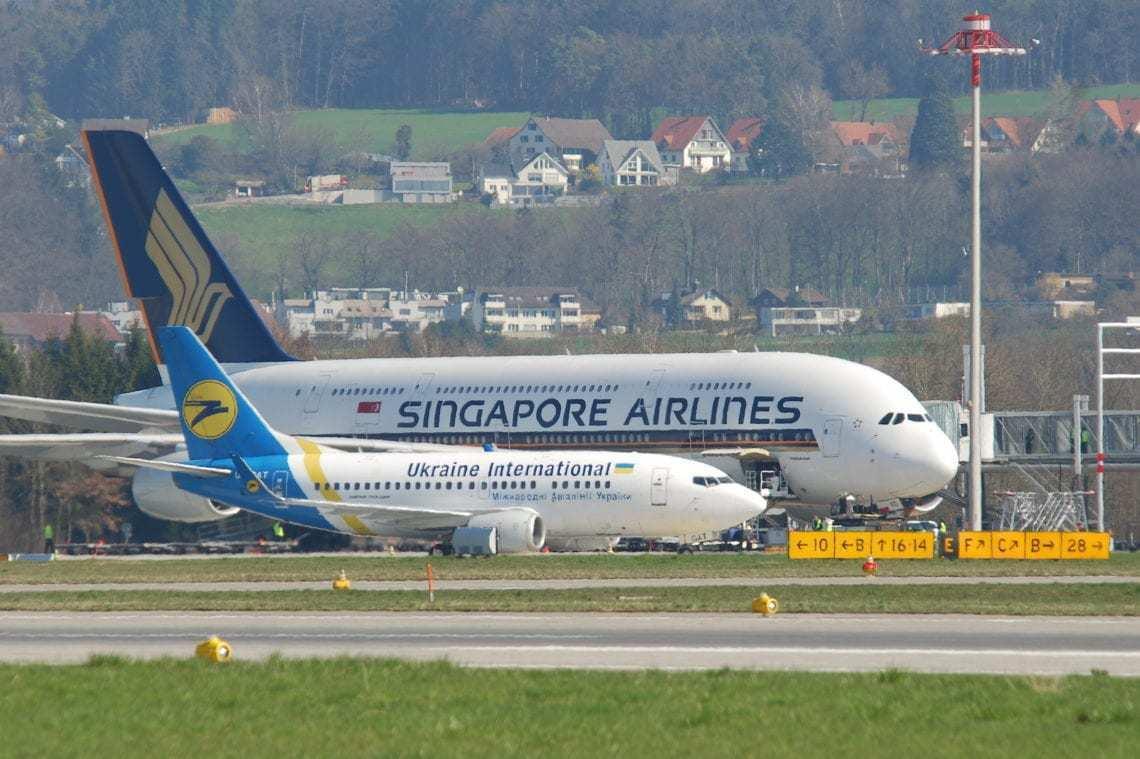 Singapore a380, 737, planes, peels