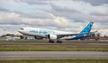 A330-800 take off