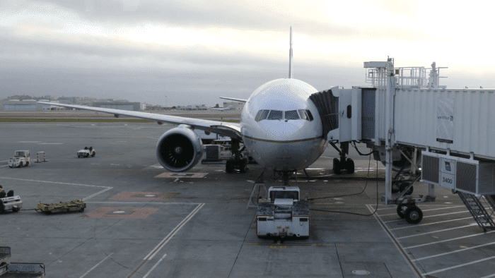 Reviewing United Premium Service: Transcon Boeing 777-200