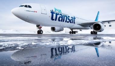 air-tranAir Transat Aircraft in Canadasat-plane-snow