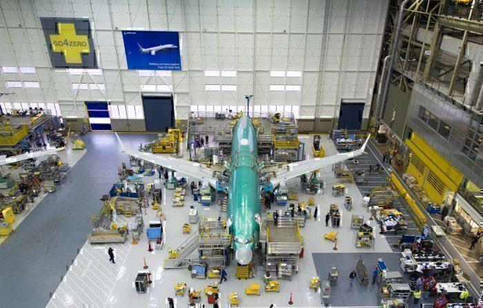 737MAX-seattle-hanger