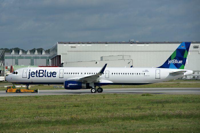 JetBlue Airbus A321 JFK to Guayaquil