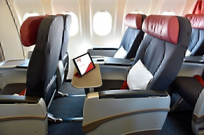 Rouge-air-canada-cabin