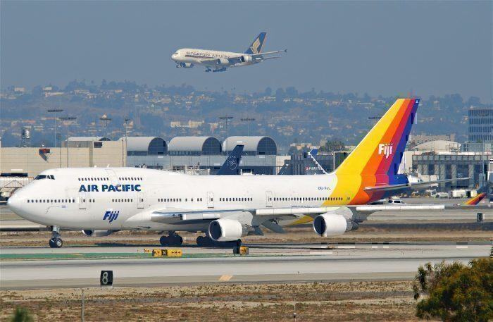 Air Pacific 747