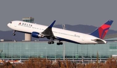 Boeing_767-332_ER_Delta_Airlines_N176DN_(8520663931)