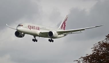 Boeing_787-8_A7-BCE_Qatar_Airways_(10424119266)