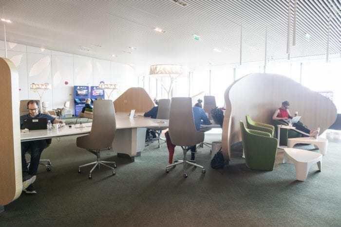 Paris CDG Lounge Review: Air France Salon Terminal 2E Hall M (Non-Schengen)