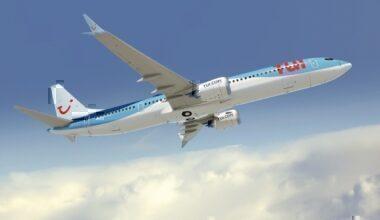 Boeing 737 MAX TUI London Gatwick