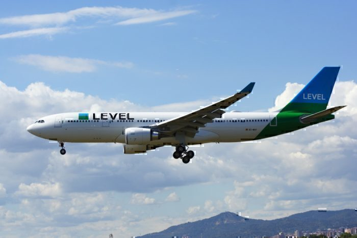 Vueling, LEVEL And BA Tipped To Get IAG's 737 MAX Planes