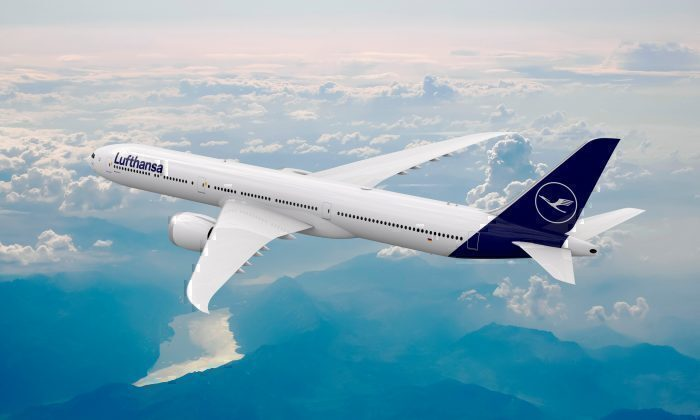 Why Airlines Like Being Launch Customers For New Plane Types