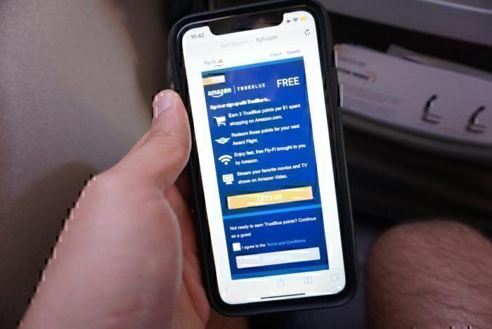 JetBlue free wifi