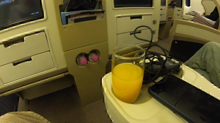 Flight Review: Singapore Airlines Boeing 777-300 Business Class