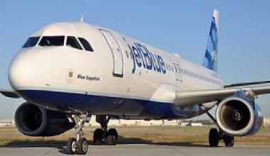 JetBlue A320 on ground