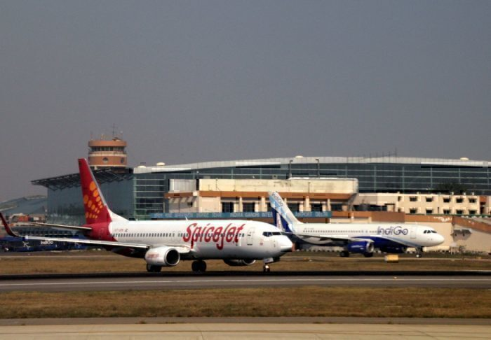 SpiceJet and Indigo jets in Delhi