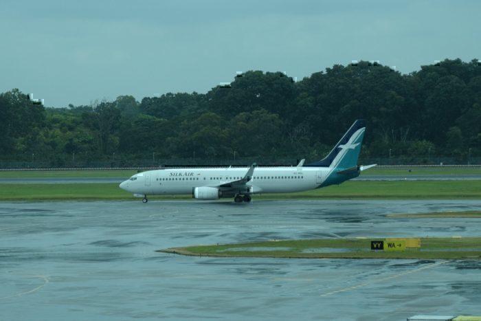 A SilkAir Boeing 737-800 at Singapore Changi