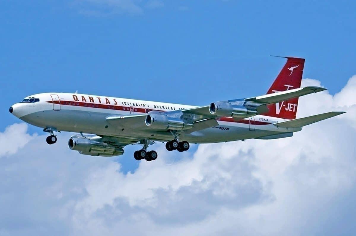 John Travolta S Ex Qantas Boeing 707 Is Being Returned To Australia Simple Flying