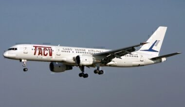 Boeing_757-2Q8,_TACV_Cabo_Verde_Airlines