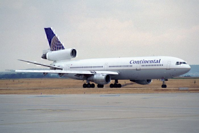 Continental DC-10